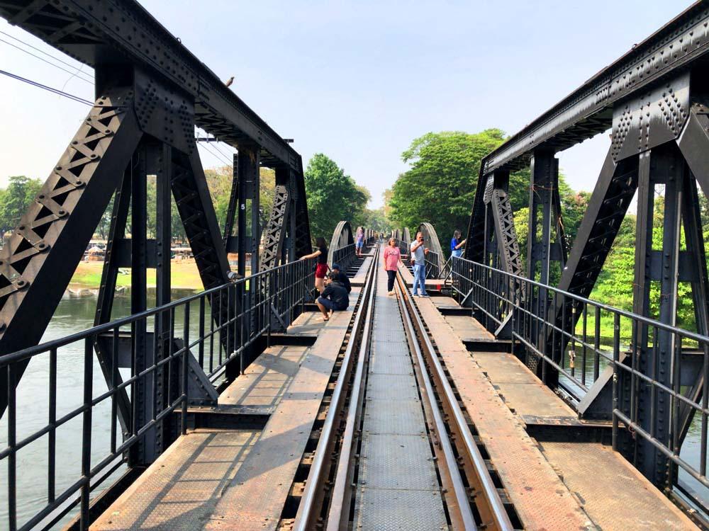 クウェー川鉄橋(カンチャナブリー)